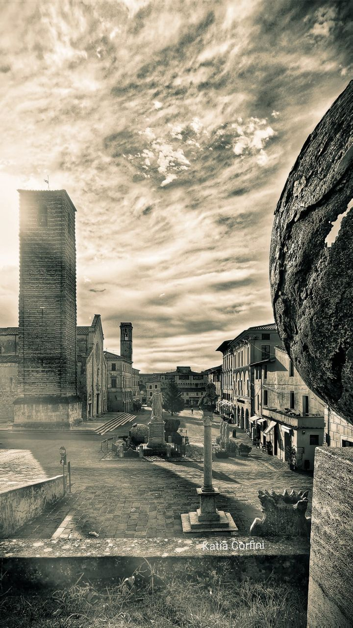 Pietrasanta - La città dell'Arte , Consigli di viaggio by Hotel Bracciotti Lido di Camaiore