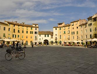 Photo: Lucca